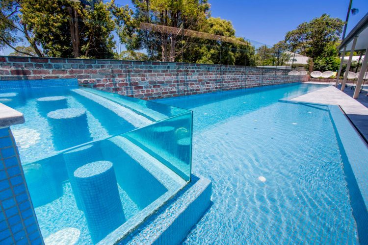 Korora Lap Pool Amp Elevated Glass Spa Atlas Pools