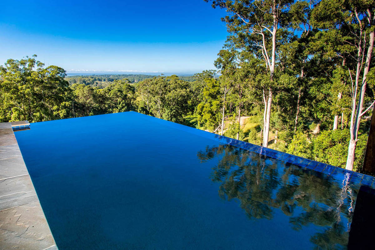 Wonderful Pool Finish Ideas For You To Copy: Valla Infinity Edge Pool